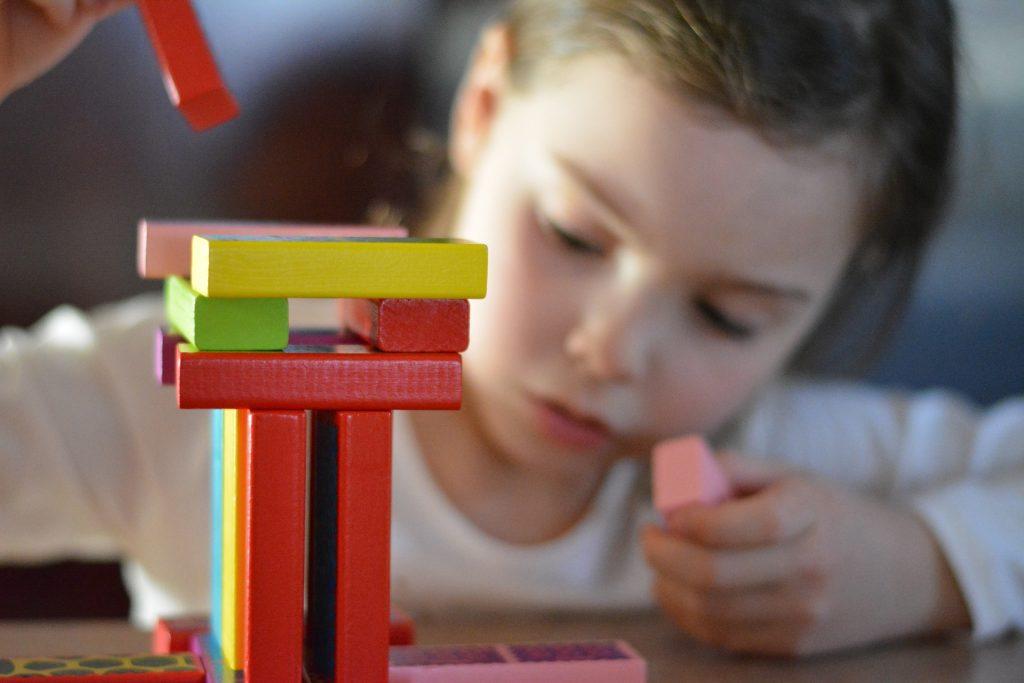 DESK 3-6 R за установяване и превенция на ранни симптоми на изоставане в детското развитие